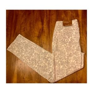 NWT COLDWATER CREEK SLIM LEG  LACE pattern